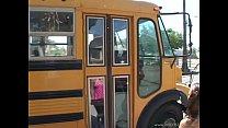 school  bus  girls  scene4