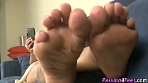 Barefoot babes show toes