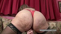 mature woman sandie marquez stuffs her twat wit…