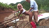 tai phim sex -xem phim sex Asian farm slut gets to be fucked from the back...