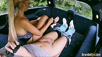 Jessie Sinclair gives bj in back of car