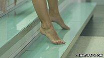 Suzie Moss' gorgeous feet cause immerse pleasure porn videos