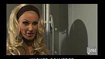 Curvy blonde MILF Brittany Andrews fucks her ve...