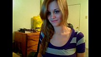 Amazing camgirl doing a great striptease