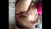 vagina la tocandose Melissa