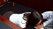 Office slut Ibuki kneels down and gives her bos...