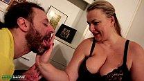 Жена позвала любовники чтоби он ебал мужа наказала мужа