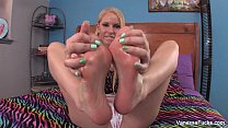 feet her with plays cage Vanessa