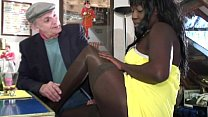 beauty black a banging is Papy