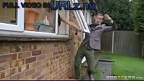 Brazzers HD - Peeping The Pornstar - Aletta Oce...