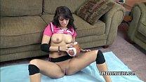 Teen hottie Bella Luciano finger bangs her wet ...