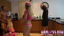 cocina en salva a yarisa de mamada español porno show reality - Madlifes.com
