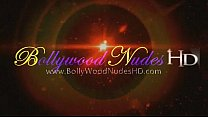 Bollywood Dancer Is Stunningly Erotic