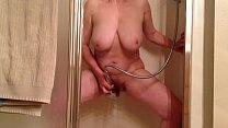 Русскую блондинку жену ебут трое друзей мужа