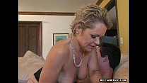 Порно трахкает жену в очко скрито