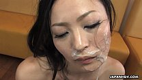 tai phim sex -xem phim sex Asian waitress gives her biggest order as of yet
