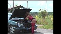 Женшина заставляет парня лизать свою пизду
