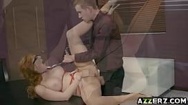 Старая обвисшая грудь смотреть порно