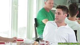 Два члена в жопе транса смотреть порно