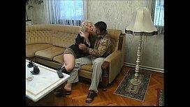 Русское с лесби лижут анус смотреть порно
