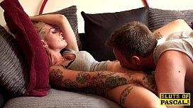 Девушки дрочка член парню смотреть порно