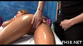 Девушка ебет парня в зад страпоном смотреть порно