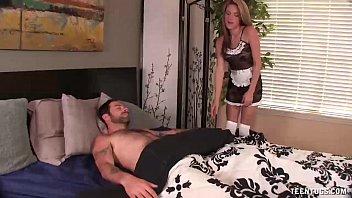 Teentugsslutty maid jacks off her boss