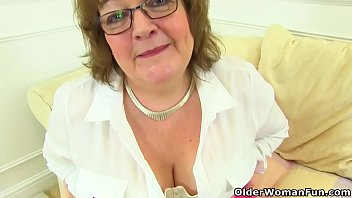 British granny Susan still knows how to pleasur... | Video Make Love