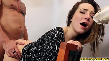 Dad fucking bambi brooks wide spread pussy in the office