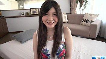 น่ารักแบบนี้เย็ดลงได้ไง สาวญี่ปุ่นสวยยังกะตุ้กตา โดนพามาถ่ายหนังโป๊บอกเลยว่าเด็ดมาก น่ารักใสๆ เลยยิ้มอย่างควยโดนควยเสียบ