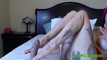 Milf anna bell peaks sexy footjob