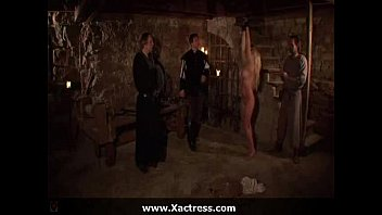 Full Movie - Elvira - Interrogatio...