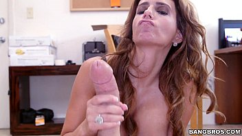 Latina MILF wants to be in Porn | Video Make Love