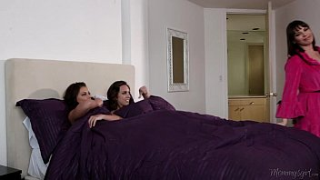 Step-sisters adriana chechik and jade nile licking each other