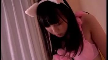 猫耳美少女のフェラがエロい!色っぽいランジェリーを付けながら、いやらしくフェラ!