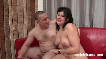Anal casting of an amateur french couple with a...