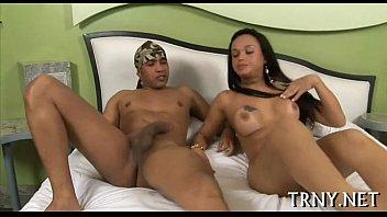 Travestis de Rio Claro (SP) dando a bunda pro amante