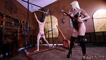 Clubdom mistress breaks in her slav..