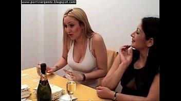 Amas de casa lesbianas pelicula argentina parte 1