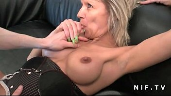 French mature cougar hard analized ..