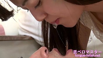 Japanese asian girls fetish deep kissing and handjob, tongue fetish, s..
