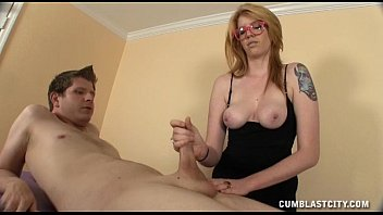 Sexy masseuse causes a massive cumshot