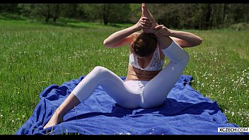Yoga with alexis crystal free xczech.com 2016