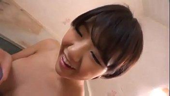 下着姿が超エロい美少女とラブラブベロチューお風呂で手マンw
