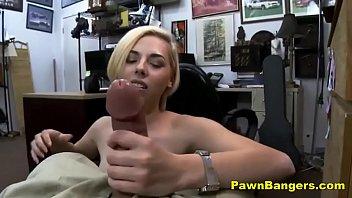 Horny blonde chick loves cocksuckin..