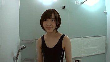 ショートカットのカワイイ童顔娘にスクール水着コスプレをさせたらハメ撮りスタート!素人|イクイクXVIDEOS日本人無料エロ動画まとめ