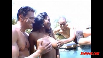 Negroed.com black girl curly hair fucking 2 white guys in the swimming..