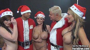 Sophie dee big tit christmas fuck a..