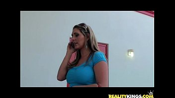 Divon gets her mature milf pussy healed by the infamous Milf Hunter