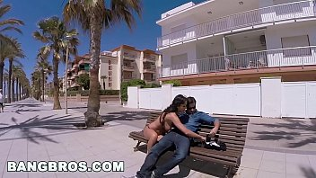 big-ass-bit-tits-pornstar-patty-michova-on-public-bang-in-spain-(pb14480)